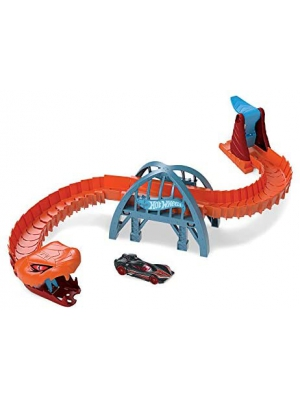 Hot Wheels Viper Bridge Attack Play Set, ​Creatures are Taking Over City, Multi
