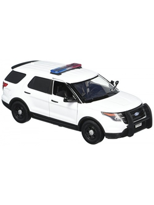 Motormax 1:24 White 2015 Ford Interceptor Unmarked Police Car with Light Bar, White