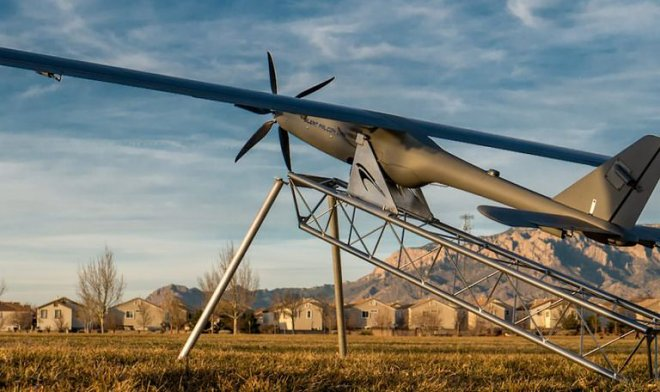 The DARPA looks for a way to recharge UAVs v  air by means of the laser