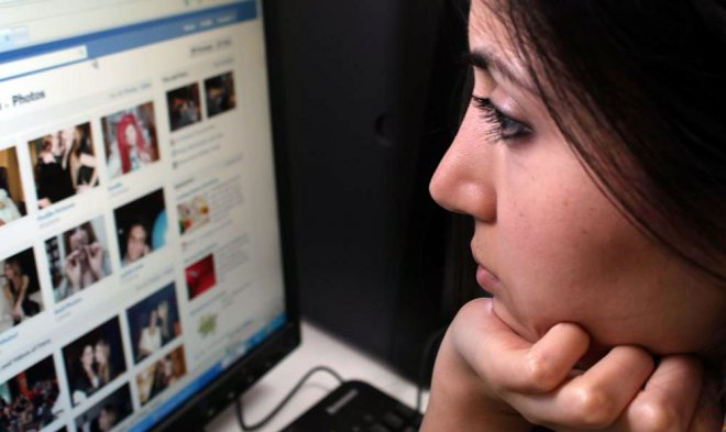 Facebook involves artificial intelligence for suppression of broadcast of suicides