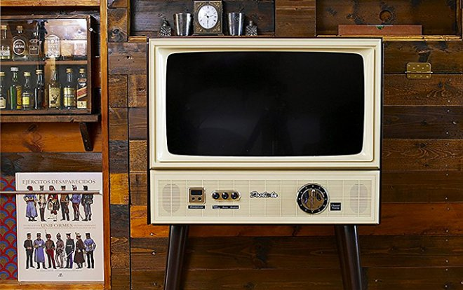 In Japan not everyone has created the LCD TV in the wooden retrocase