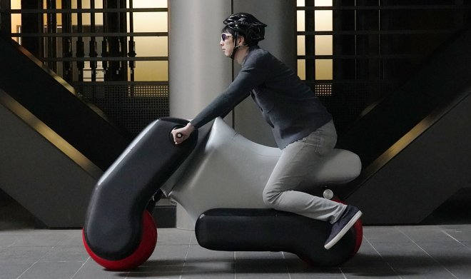 Japan has developed an inflatable scooter that weighs almost nothing